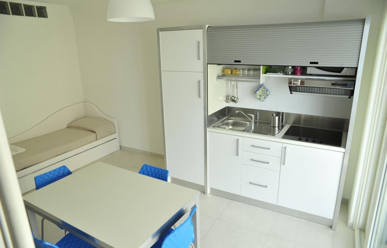 Soluciones de mobiliario para cocina peque as espaintegral for Mobiliario para cocina