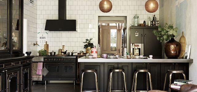 Negro: Nueva tendencia de color para muebles de cocina