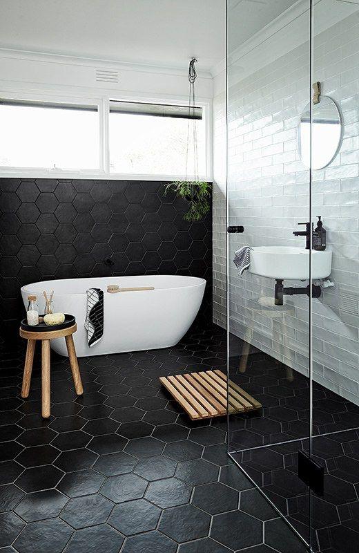 Baldosas hexagonales 28 ideas para decorar tu ba o - Baldosas cuarto de bano ...